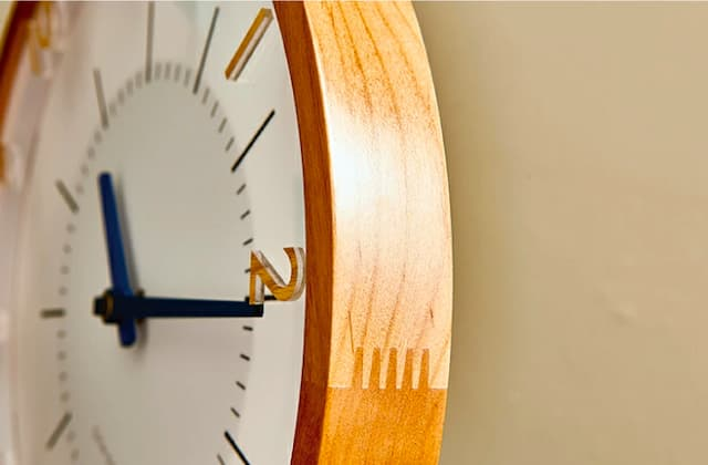 CL-3350 Oland オラント WALL CLOCK 壁掛け時計 電波掛け時計 Radio Controlled Wall Clock